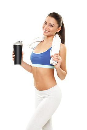 Bildergebnis für protein shake frau